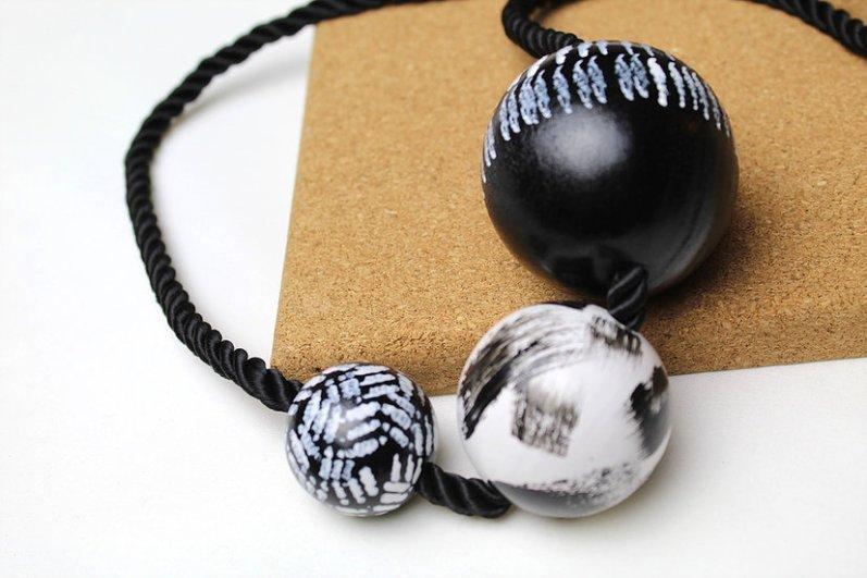 Jennifer Lemon 3 Ball Necklace #74